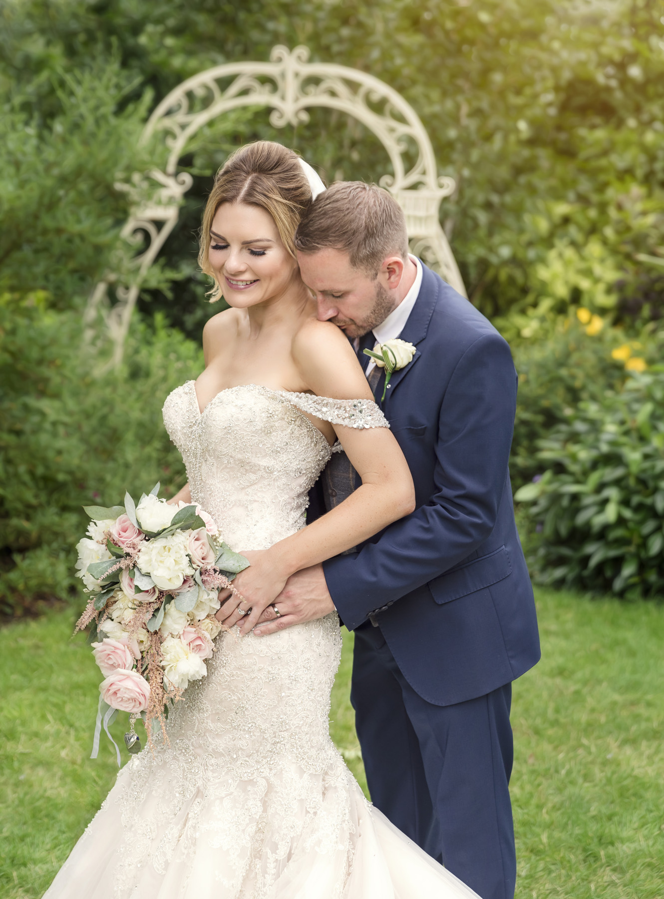 Bride & Groom portrait in the gardens at Warwick house
